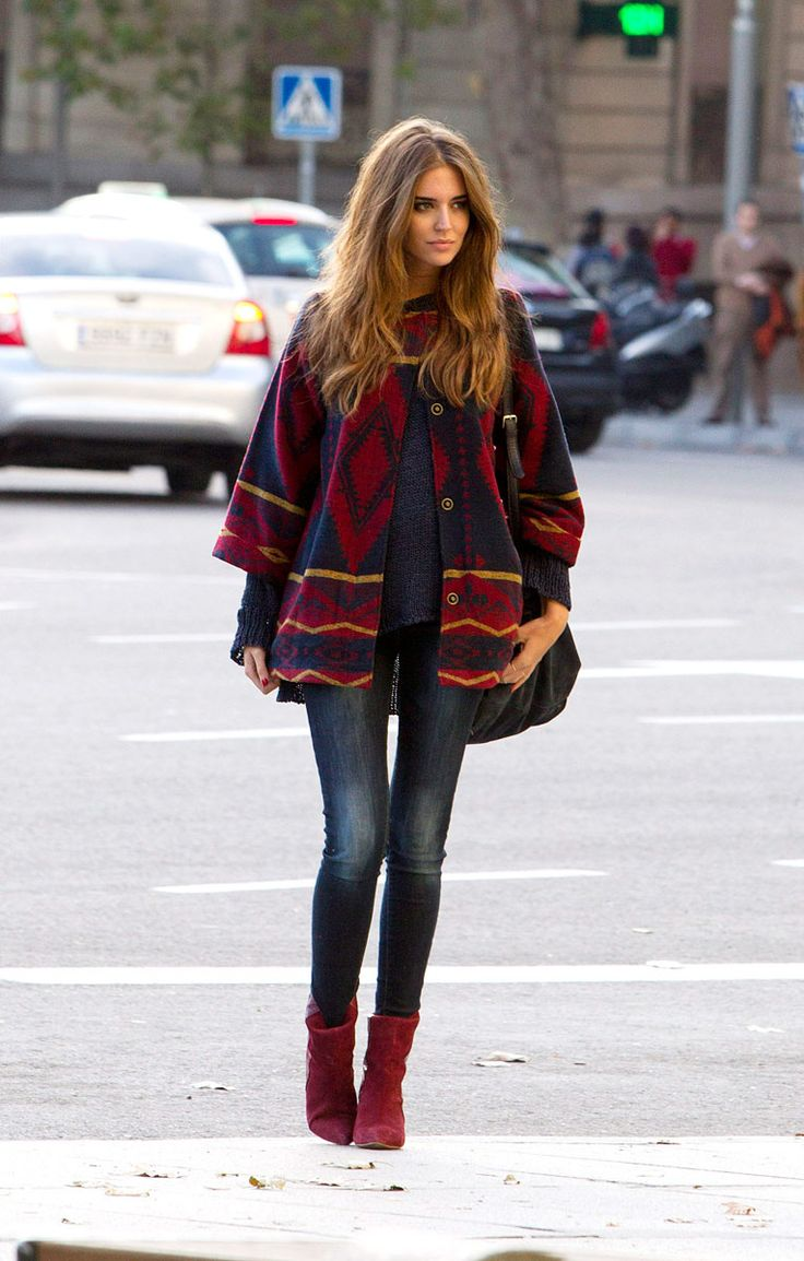 Oversize sweater with skinny jeans and burgundy booties.