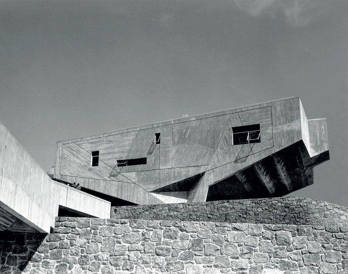 Marcel Breuer Begrisch Hall New York University Architecture - New york university architecture