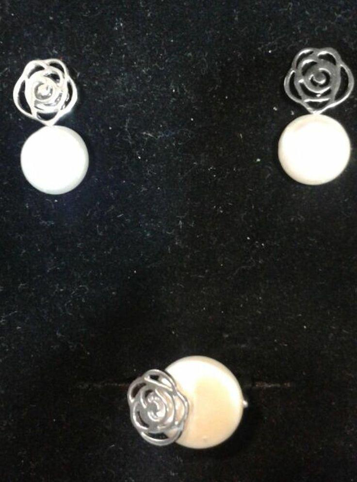 anillo y pendientes
