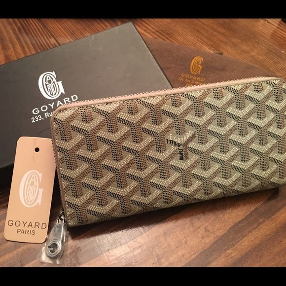 Brand new hand painted Goyard wallet Brand new Goyard wallet. Great quality! I am not sure if it is authentic or not. The price reflects this. Please ask all questions before buying. Thanks! Goyard Bags Wallets