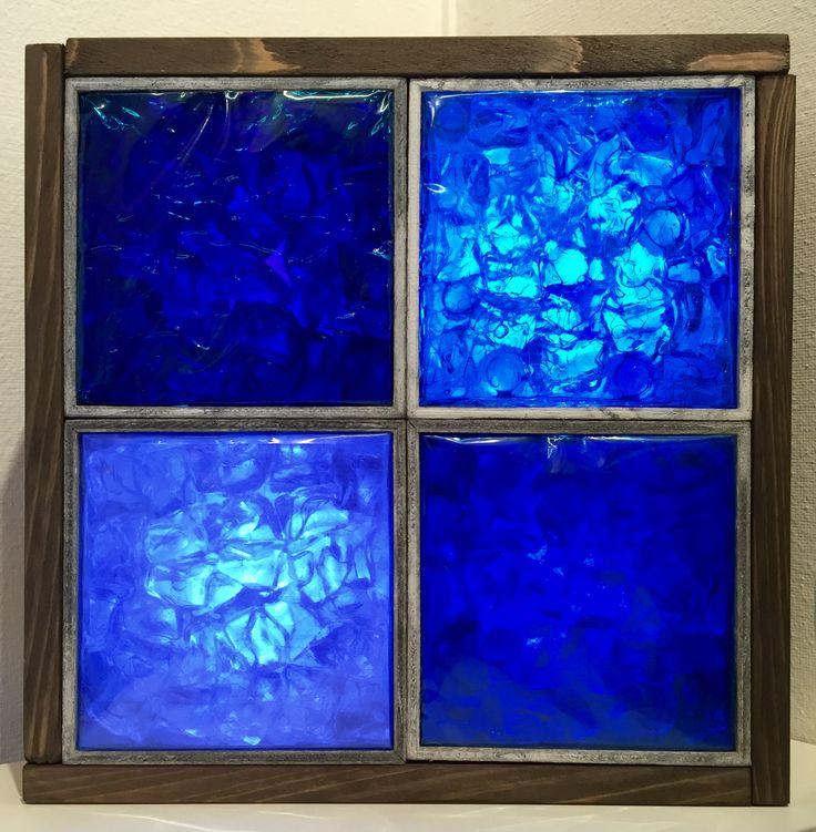 2016年の151人展作品です。タイトルは雨窓。