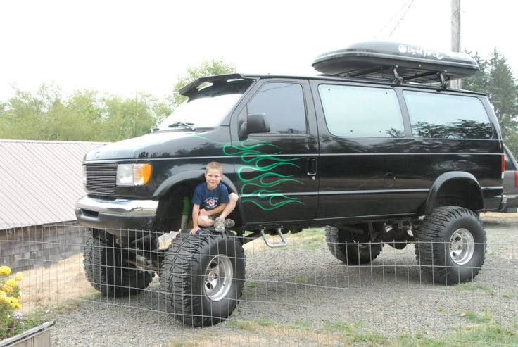 The 25+ best 4x4 van ideas on Pinterest | Van conversion ...