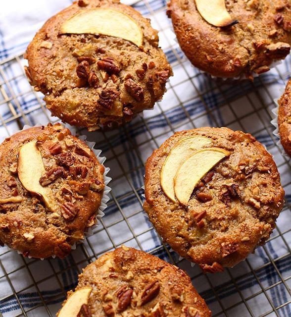 Apple Spice Yogurt Muffins With Pecans on @the_feedfeed https://thefeedfeed.com/bobsredmill/apple-spice-yogurt-muffins-with-pecans