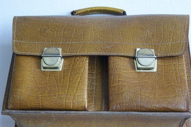Vintage Schultaschen - Tolle Schultasche aus Leder - ein Designerstück von MamaFrieda bei DaWanda