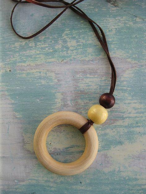 DIY nursing necklace: Nursing Necklaces, Nur Necklaces Diy, Baby Boys, Diy Jewelry, Diy Nur, Jewelry Ideas, Diy Maternity, Easy Diy, Baby Belly