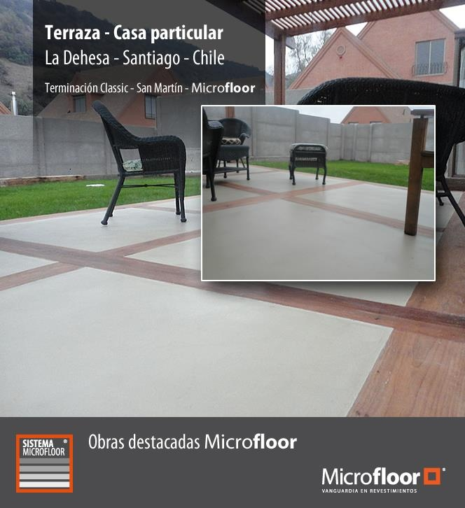 Terraza Pavimento - Revestimeinto en microcemento Microfloor Classic con detalle en madera