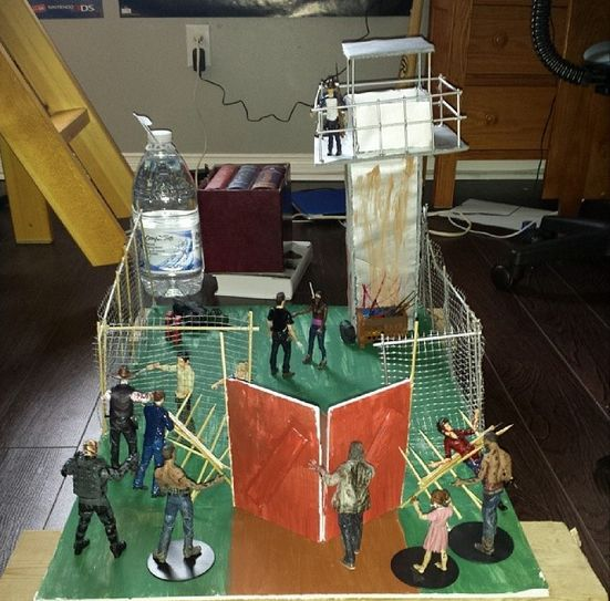 Prison Diorama (Walking Dead) Custom Diorama / Playset