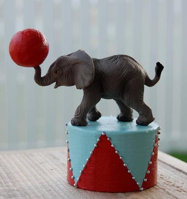 Amazing elephant themed cakes