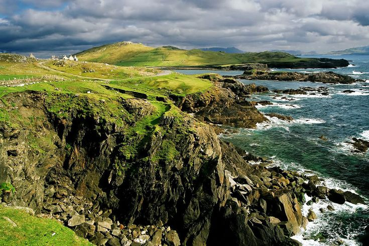 """""""... this love of the land. There's no gettin' away from it if you're Irish.""""-Gone With The Wind      Oh Ireland! How I miss you!"""