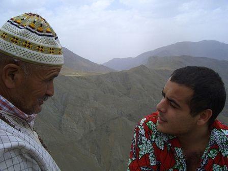 Un giorno, un giovane volle consultare un anziano su un problema che gli stava a cuore...