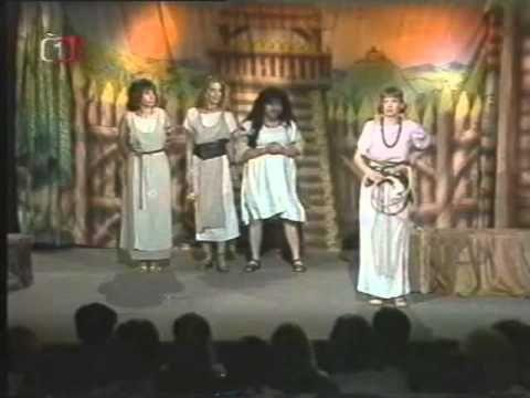 Dívčí válka (F.R.Čech, 1991).avi - YouTube