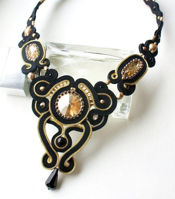 Black and gold by MoniqJewelry on Etsy