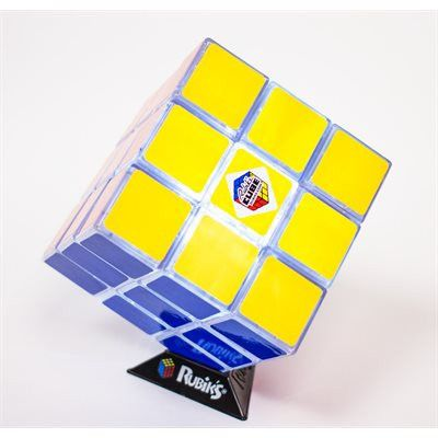 Since its global launch in 1980 the Rubik's Cube has cemented itself firmly as a retro icon, now it really is a glowing example of cool! 54.95$CAD @ www.opuszone.com