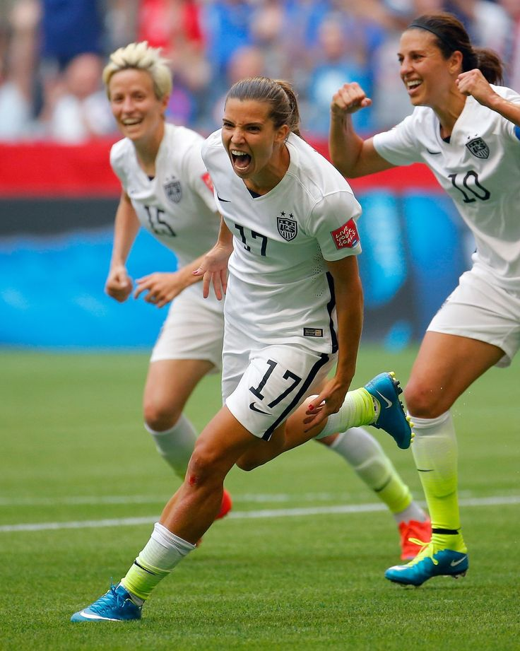 Tobin Heath (17) of the United States in the second half after scoring the team's fifth goal against Japan. (Photo: Kevin C. Cox/Getty Images)