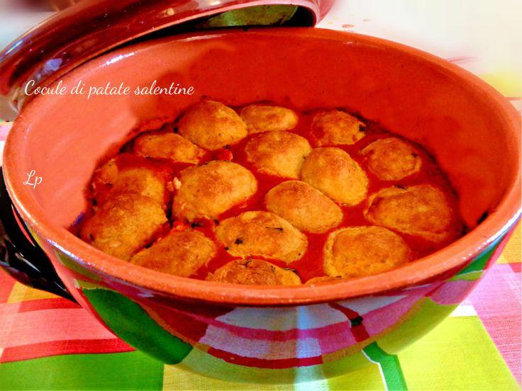Cocule o polpette di patate, ricetta tipica del Salento. Facile, veloce e gustosissimo secondo piatto, da consumare accompagnato da una fresca insalata.