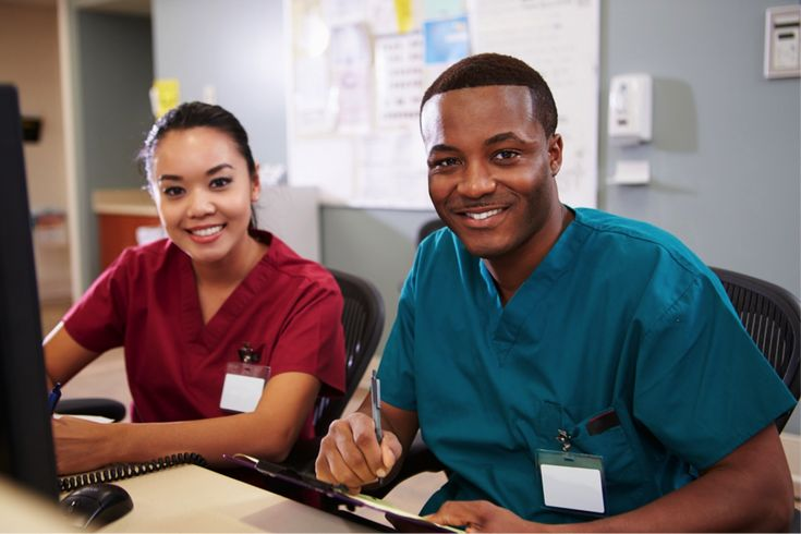 Discover 4 reasons why you should pursue a rewarding career in health care as a Personal Support Worker (PSW).