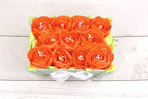 82f35caad7 Ručne robená darčeková kvetinová krabička vhodná ako dar k narodeninám