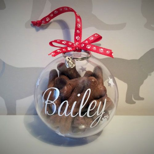 How cute are these personalised dog Christmas tree baubles ...