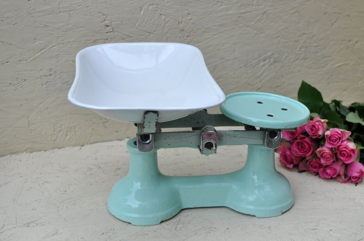 Vintage Classic Enamel Mint Green and White Food Weighing Scales - Rustic Kitchenware. by ThriftysRetro on Etsy