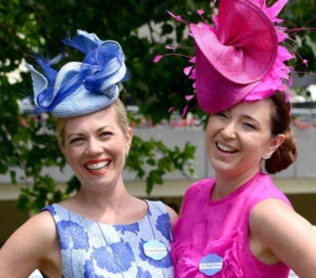 Женский день на Royal Ascot: самые экстравагантные шляпки https://joinfo.ua/curious/1208639_Zhenskiy-den-Royal-Ascot-samie-ekstravagantnie.html