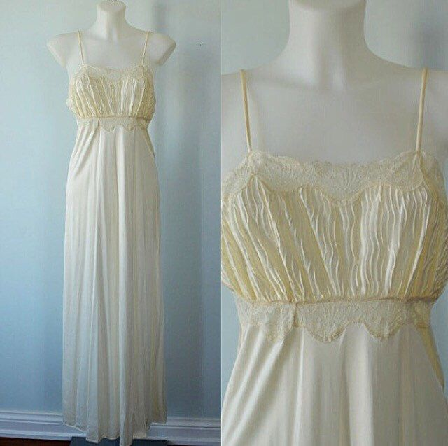 Vintage Nightgown, Vintage Cream Nightgown, Linda Lingerie, 1980s Nightgown, Vintage Lingerie, Wedding, Romantic, Nightgown by MadMakCloset on Etsy https://www.etsy.com/au/listing/290247673/vintage-nightgown-vintage-cream