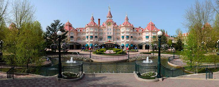 Disneyland Hotel | Hôtels Disneyland Paris | Disneyland Paris