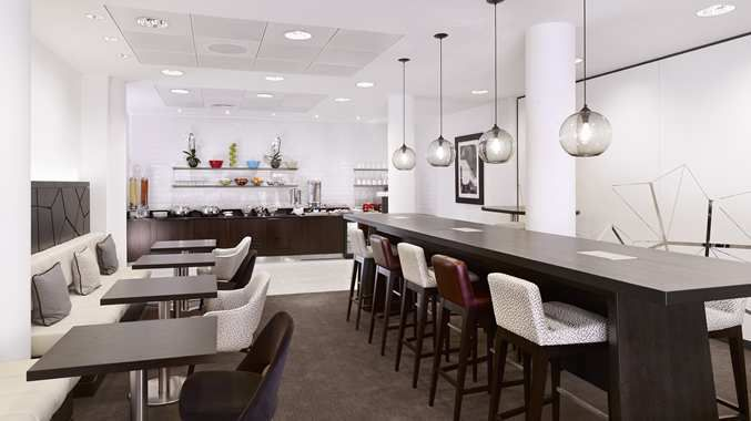 DoubleTree by Hilton Hotel London - Westminster, United Kingdom - Executive Lounge