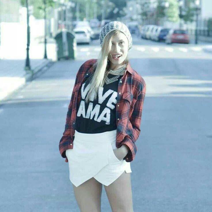 "Camiseta "" Vive Ama """
