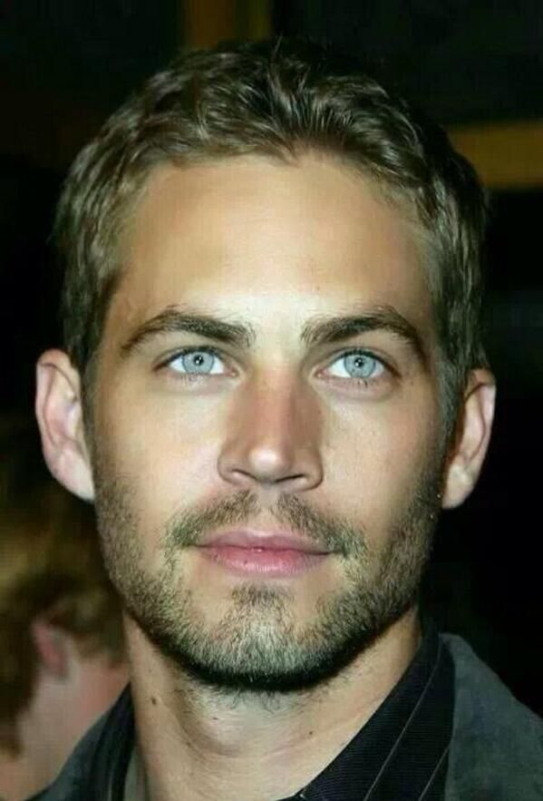 Mr Blue Eyes! Is he just..... So gorgeous?!!?!!