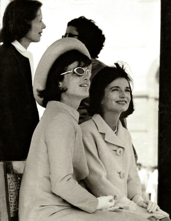 Jackie and Lee in India, 1962. It was the first official state visit that a First Lady had ever taken without her husband.