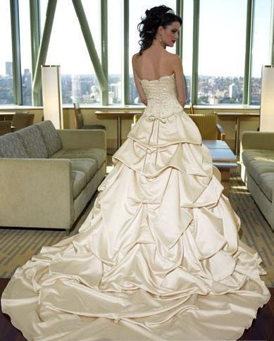 A-Line/Princess Strapless Chapel Train  wedding dress for brides 2011 style(WDA1171)--love the train!!