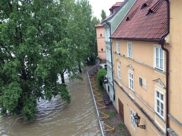 Built after the catastrophic flood in 2002, the new dikes are protecting the houses of Prague in the flood of June 2013.