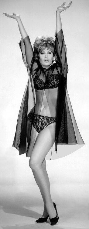 112 best Jill St. John images on Pinterest | Bond girls, St john's and Celebrities | Bond girls ...