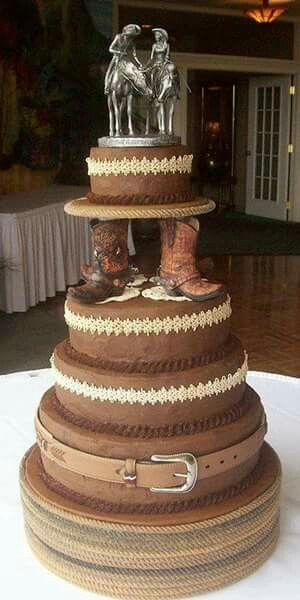 Beautiful wedding cake. From She Loves Country on Facebook.                                                                                                                                                                                 More  http://whymattress.com/home-decoration