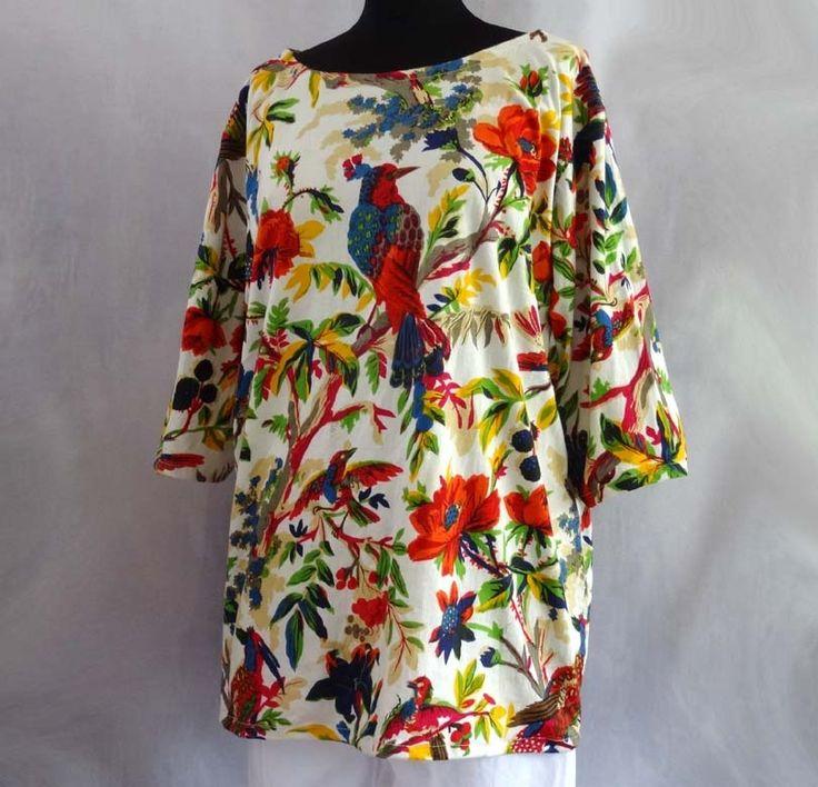 Top T-shirt large femme en jersey blanc à fleurs imprimé Oiseau de paradis : T-Shirt, debardeurs par akkacreation