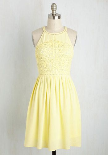 Draped in this pastel yellow dress, you pop by your pal's place for an afternoon snack of lemonade and cookies! Though the confections are a delight, this A-line - candied with a high, tapered neckline, a floral lace bodice, and a gathered skirt - is of course the sweetest treat of all!