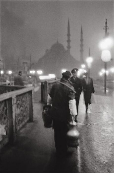 ARA GÜLER 1957 • crossing galata bridge • our www.istanbulplace.com holiday apartments are a short walk from this spot