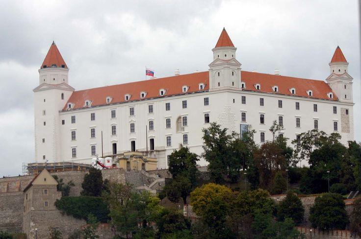 slowakei_Bratislava_Burg_Bratislava_6_1600.jpg (1600×1063)