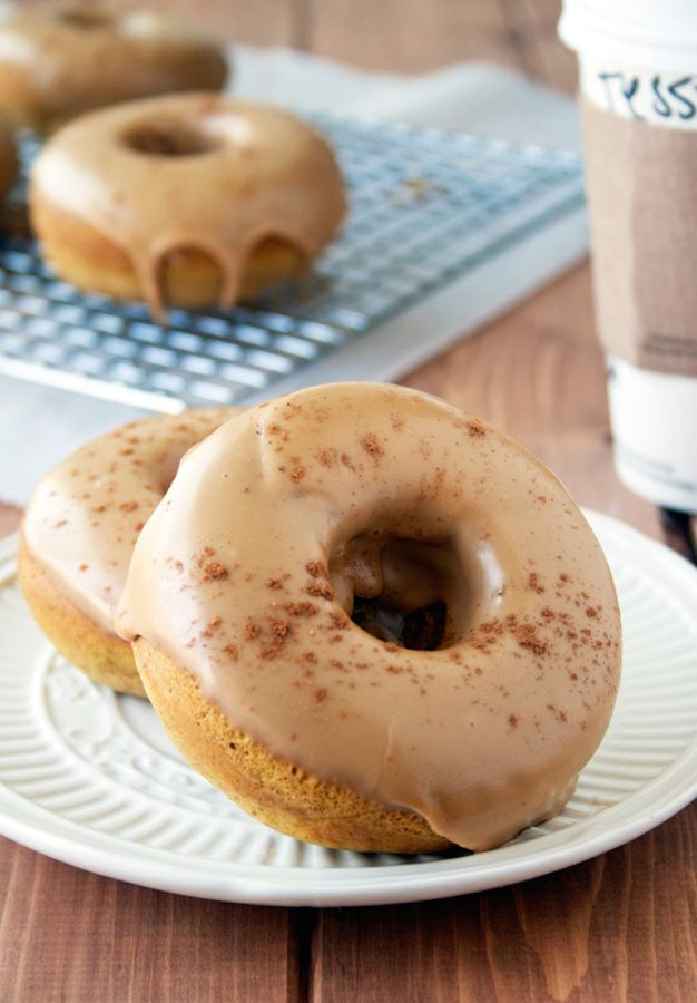 nike shopko Pumpkin Spice Latte donuts  http   www stylemepretty com living 2015 09 20 falls new favorite pumpkin spice latte treat    Photography  A Happy Food Dance   http   ahappyfooddance com
