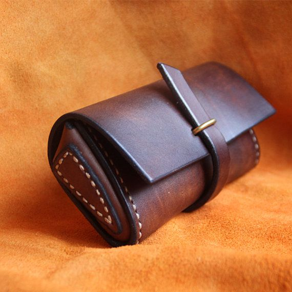 Welcome to my shop! All the items are desiged and handmade by myself.The Goods are made of genuine cow leather.They wil age and turn beautifully