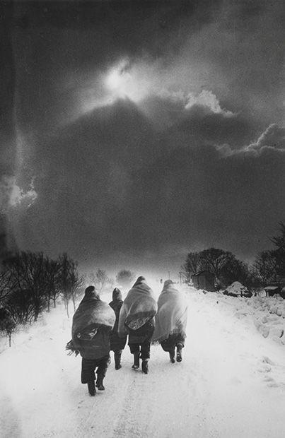 photo by KOJIMA Ichiro (1924-1964), Japan