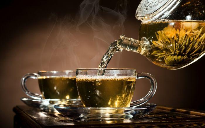 gesund leben wasser trinken tee mate