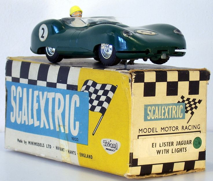 E.1 Lister Jaguar with Lights - Green