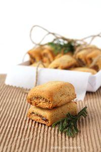 ricotta...che passione: Biscotti ripieni di fichi secchi, arance e cannella