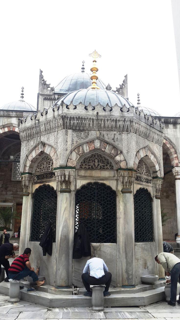 Yeni Camii (Eminönü-İstanbul)