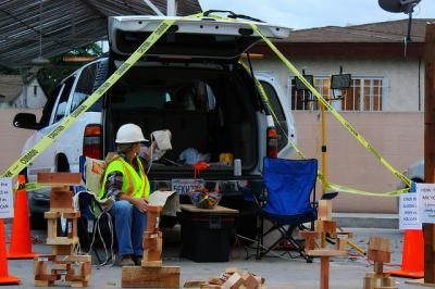 Construction Site Activity for Trunk or Treat {decorate car}