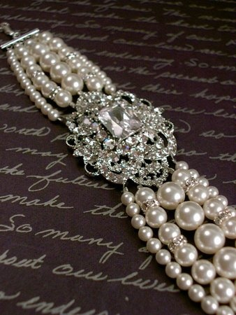 pearls & glitz.: Bling, Bracelets, Wedding Ideas, Pearls, Wedding Jewelry, Beautiful, Accessories, Photo