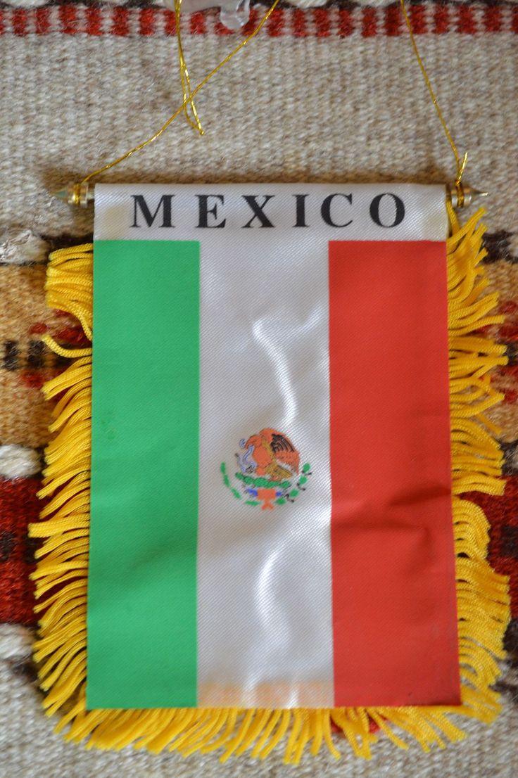 Mexican Flag Banner Rearview Mirror Flag ~ Ventana de Colgar la Bandera Mexicana