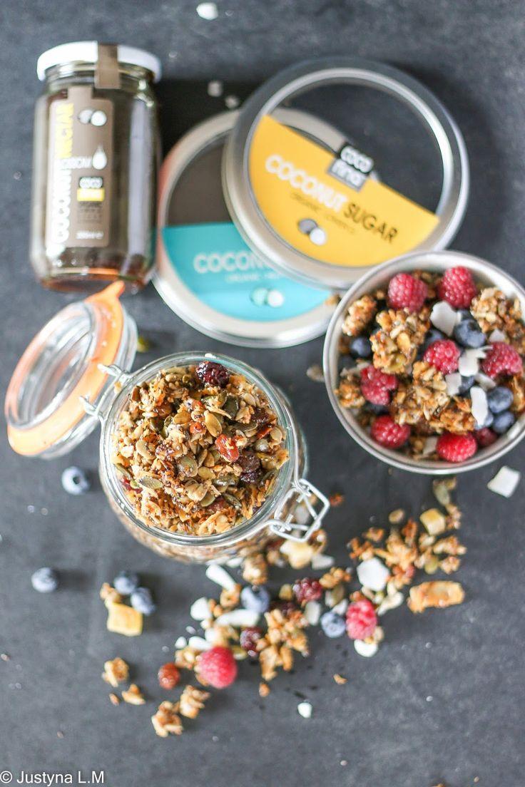 Kokosowa granola ze słonecznikiem, pestkmi dyni i nasionami chia - Gotowanie i pieczenie - I love it .