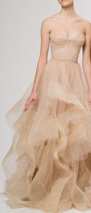 Reem Acra   nude color tulle dress